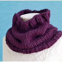Basic Cowl Pattern (Knit) - Lion Brand Yarn