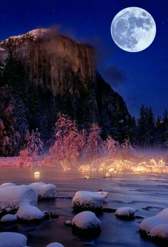 El Capitan, Yosemite National Park By Murali Achanta in christmas tree lighting quotes Beautiful Moon, Beautiful World, Beautiful Places, Beautiful Pictures, Yosemite National Park, National Parks, Landscape Photography, Nature Photography, Shoot The Moon