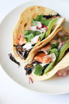 Easy smoked trout tacos with ginger cream + sauteed cabbage | POP KITCHEN Pops Kitchen, Seared Fish, Trout Recipes, Smoker Recipes, Sauteed Cabbage, Smoked Trout, Smoked Salmon, Fried Fish, Fish Fry
