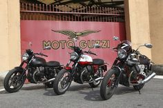 Welcome to the official site of Moto Guzzi USA. Find out all the information about our latest motorcycles that have been built in Mandello Del Lario since and continue to be a timeless legend within the world of Italian motorcycles. Cafe Racer Helmet, Cafe Racer Girl, Cafe Racer Bikes, Cafe Racer Motorcycle, Motorcycle Outfit, Cafe Racers, Moto Guzzi Motorcycles, Cool Motorcycles, Scrambler