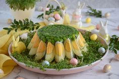 Mary Berry, Food Decoration, Sushi, Smoothies, Berries, Food And Drink, Menu, Eggs, Easter