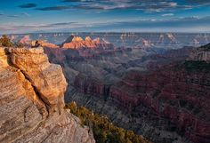 We're celebrating #NationalTrailsDay w/ this stunning pic from Bright Angel Point Trail @GrandCanyonNPS #Arizona