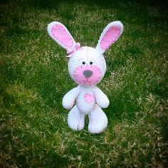 Merhaba. ...siparis ve bilgi icin dm den ulasabilirsiniz  #amigurumi #crochet #örgüoyuncak #defne #dodedi#bunny #rabbit #tavsan #pembe #pink #elyapimi #gurumigram #amigurumitoy #amigurumis #kinitting #sagliklioyuncak #babyshower#handmade #handmadewithlove #hediye#easter #keçe #felting #love #follow #photooftheday##look_handmade#cute#orguoyuncak by dodediamigurumi
