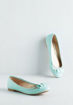 Swing into Spring Flat in Mint. Celebrate delightful days to come by embracing your playful side in these pastel mint flats! #mint #modcloth