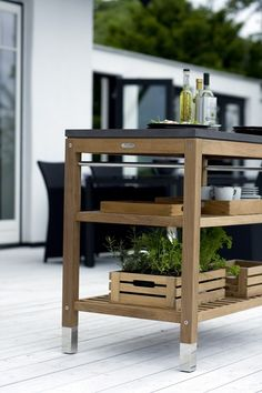 Outdoor serving cart for your terrace/patio. Outdoor Living Rooms, Outdoor Spaces, Outdoor Decor, Decoration Inspiration, Interior Inspiration, Kitchen Inspiration, Serving Table, Serving Cart, Interior And Exterior