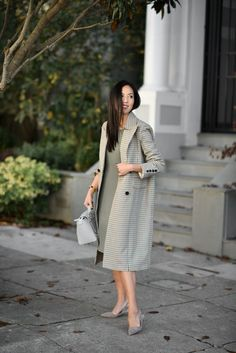 fall coats for women chic Classy Outfits, Chic Outfits, Fashion Outfits, Fashion Tips, Fashion Trends, Womens Fashion For Work, Work Fashion, Modest Fashion, Paar Style