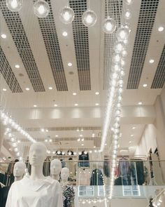 Instagrammed @clothesndreams When in beautiful (H&M) shops  I didn't buy anything in Antwerp yesterday though. I'm so done with the Winter stuff but there wasn't that much Spring stuff I liked yet.