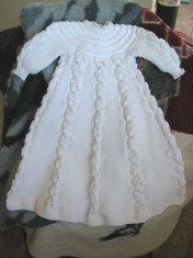 Free Knitting Pattern Baby Christening Gown : 1000+ images about Baby Christening Outfits on Pinterest Christening Gowns,...