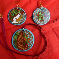 A. #Mucha inspired. #Parure #ciondolo #orecchini artisticamente ispirati. #Liberty, #artNouveau. #earrings #pendant