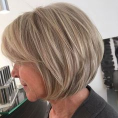 Dishwater Blonde Layered Bob Not quite ready to embrace your gray? No problem – the dirty blonde layered bob is one of those short haircuts for women over 60 that help you stay looking youthful and… Short Layered Haircuts, Bob Haircuts For Women, Bob Hairstyles For Fine Hair, Modern Haircuts, Short Hairstyles For Women, Cool Hairstyles, Layered Bobs, Hairstyle Men, Formal Hairstyles