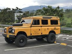 4x4, Land Rover Series 3, Land Rovers, Land Rover Defender, Jeeps, Offroad, Badass, Cool Photos, Monster Trucks