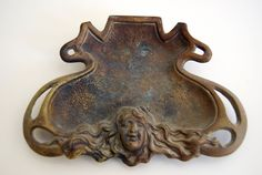 ASHTRAY ANTIQUE ART NOUVEAU STYLE  EARLY 20TH CENTURY PRETTY WOMAN FACE OLD