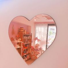 Imagem de pink, mirror, and aesthetic Room Ideas Bedroom, Bedroom Decor, Heart Mirror, Pink Mirror, Mirror Room, Kawaii Room, Cute Room Decor, Wall Decor, Aesthetic Room Decor