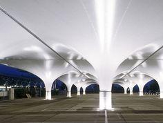 HPSA undulates carpark shelter at linz airport in austria