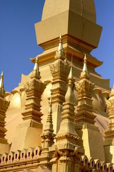 LAOS Pha That Luang / Top Things To Do In Vientiane http://www.cityseacountry.com/top-things-to-do-in-vientiane/