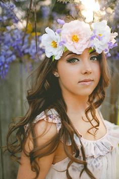 23 Ideas For Photography Portrait Makeup Floral Crowns Food Photography Styling, Photography Women, Portrait Photography, Fashion Photography, Photography Ideas, Portrait Poses, Portrait Ideas, Portraits, Urban Ideas