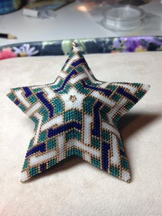 Celtic Knot star ornament, beaded by Lynda Ginger, designed by Marsha Rice