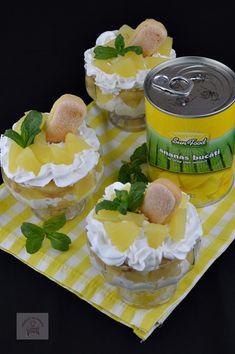 Desert la pahar, cu crema de iaurt si ananas - CAIETUL CU RETETE Camembert Cheese, Dairy, Food, Meal, Essen, Hoods, Meals, Eten