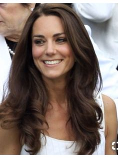 New hair cuts long layers kate middleton ideas Cabelo Kate Middleton, Kate Middleton Stil, Princesa Kate Middleton, Kate Middleton Haircut, Kate Middleton Makeup, Kate Middleton Wedding, Latest On Kate Middleton, Kate Middleton Bikini, Kate Middleton Outfits