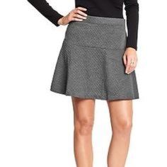 🎀 NWT Old Navy Circle Skirt Circle skirt in a quilted pattern. Polyester and Rayon blend. Super soft almost feels like jersey material on the outside! Never worn, has tag! Would look adorable with a black top and a pop of color bracelet! Old Navy Skirts A-Line or Full