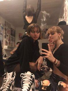 I Need Friends, Cute Friends, Best Friends, Foto Best Friend, Best Friend Goals, Best Friend Pictures, Friend Photos, Teenage Dirtbag, Foto Casual