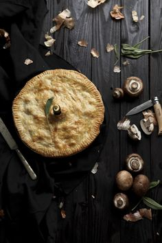 Mushroom & Gorgonzola Pie #food #recipe