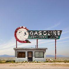 Desert realty - Ed Freeman (2007) - 8 | #edfreeman #photography #desert #america #bluesky #usa