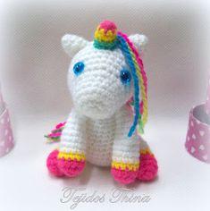 unicornio amigurumi Crochet Horse, Crochet Art, Crochet Dolls, Free Crochet, Mini Amigurumi, Amigurumi Animals, Amigurumi Doll, Crochet Mermaid, Crochet Unicorn