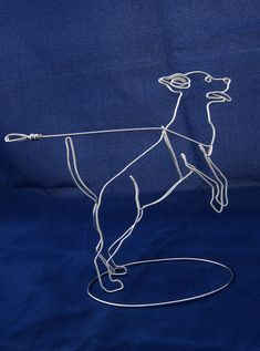Caring For Your Dogs: Simple Advice And Care Tips -- You can find more details by visiting the image link. Wire Art Sculpture, Wire Sculptures, Wire Jewelry, Jewelry Art, Copper Wire Art, Art Fil, Scrap Metal Art, Wire Crafts, Beads And Wire
