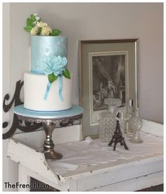 #Blue Wedding Cake ... Wedding ideas for brides, grooms, parents & planners ... itunes.apple.com/... … plus how to organise an entire wedding, without overspending ♥ The Gold Wedding Planner iPhone App ♥