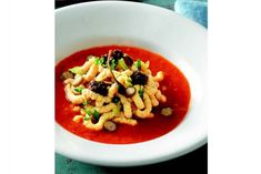 Passatelli in Tomato Sauce - We've uncovered the best Passatelli recipes that are so easy to make in your own home. They taste amazing and you won't believe how... Italian Soup Recipes, Best Pasta Recipes, Pasta Dinner Recipes, Sauce Recipes, Tortellini In Brodo, Spicy Spaghetti, Boiled Vegetables, Ricotta Pasta, Food Mills