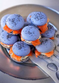 Macarons au saumon - making a batch savory vs. sweet is something I've not yet tried...