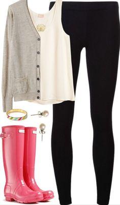 Fall fashion | gray cardigan with pink rain boots