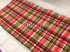 "Condition: New Price: RM 180    Saiz : 36""x72"" (Saiz Katil Bujang / Single)  Warna : merah, biru, hijau, pink, kuning, oren, hitam, putih, corak color kotak2 (seperti dlm gmbr) dan bunga2   Material :  100% kekabu asli / original (Gred A) / Fabrik yang berkualiti & bermutu tinggi  *Jahitan yang kemas & kuat serta tidak mudah tetas atau koyak  *Free Delivery Area PUTRAJAYA    UNTUK PERTANYAAN ATAU TEMPAHAN  Hubungi : 0122503517 Call / SMS / Whatsapp  Email : muhascollections@gmail.com"
