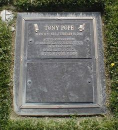 """Tony Pope - Actor. Known for providing the voice of the Disney character Goofy for more than 11 years. He also provided the voices of the Cheshire Cat and the King of Hearts for the Alice in Wonderland ride at Disneyland as well as to the Furby toy and also worked on many TV shows, cartoons and films including """"Who Framed Roger Rabbit."""" Married to actress Patricia Lentz."""