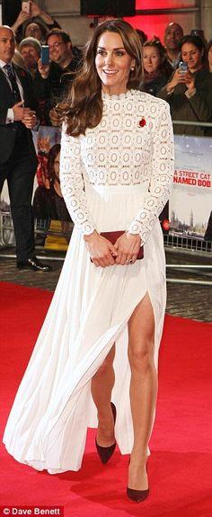 Look like a work of art in Kate's Self-Portrait dress #DailyMail