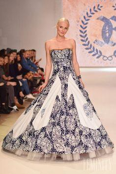 Vyberte s Hubertom to najlepšie z Fashion LIVE! Strapless Dress Formal, Formal Dresses, Indigo, Ball Gowns, Folk, Costumes, Blue, Outfits, Fashion