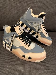 Dr Shoes, Swag Shoes, Cute Nike Shoes, Cute Sneakers, Nike Air Shoes, Hype Shoes, Sneakers Nike, Jordan Sneakers, Bling Shoes