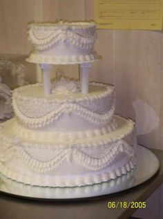 Old Fashioned Wedding Cake | Cakes ~ Highly Decorated Cake ...