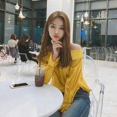 Untitled Ulzzang Fashion, Asian Fashion, Girl Fashion, Couple Outfits, Girl Outfits, Fashion Outfits, University Outfit, Western Girl, Ulzzang Korean Girl