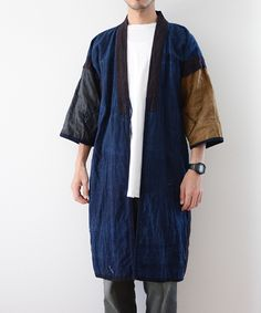 Mens Fashion Style – The World of Mens Fashion Japan Fashion, Mens Fashion, Fashion Outfits, Male Kimono, Modern Kimono, Japanese Costume, Suit Shirts, Vintage Kimono, Kimono Fashion