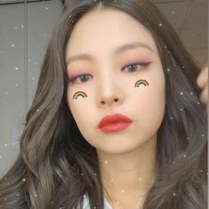 Find images and videos about kpop, blackpink and jennie on We Heart It - the app to get lost in what you love. Kim Jennie, Kpop Aesthetic, Aesthetic Girl, South Korean Girls, Korean Girl Groups, Blackpink Twice, Foto Gif, Rose Icon, Blackpink And Bts