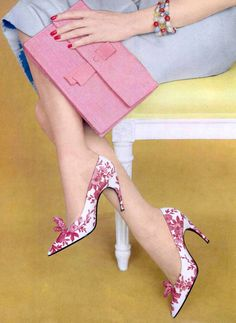 Shades of pink on white silk print stilettos with pointed tip, the heels are slightly arched by Roger Vivier for Dior, photo by Philippe Pottier, 1959