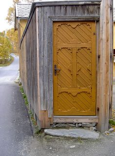 Norwegian door in Røros