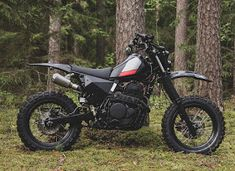 A sharp-edged update for the evergreen Honda Dominator dual sport. Fine work from A sharp-edged update for the evergreen Honda Dominator dual sport. Fine work from Honda Dominator, Motos Yamaha, Honda Motorcycles, Custom Motorcycles, Honda Cb750, Honda Dirt Bike, Honda Bikes, Vintage Motorcycles, Tracker Motorcycle