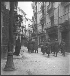 Escenas tomadas desde la plaza del Torico, en Teruel