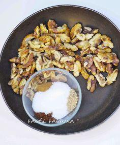Szerintem az egyik legfinomabb őszi finomság ez a házilag összedobott, bajor-jellegű édes dió. Legalábbis gyerekeim imádják, és ha már éde... Grains, Rice, Food, Essen, Meals, Seeds, Yemek, Laughter, Jim Rice