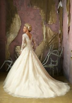 i die.....  Mori Lee 1851 Lace Ball Gown Wedding Dress