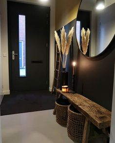 Foyer decorating – Home Decor Decorating Ideas Foyer Decorating, Small Apartment Decorating, Decorating Ideas, Narrow Hallway Decorating, Room Interior, Interior Design Living Room, Living Room Designs, Flur Design, Hall Design