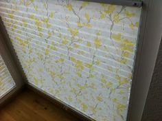 Plissee Sensuna Virtuoso, gelb. Halbtransparent, geringer Wärmeschutz, 19% Transmission, 69% Reflexion, 12% Absorption. Waschbar. Schwer entflammbar